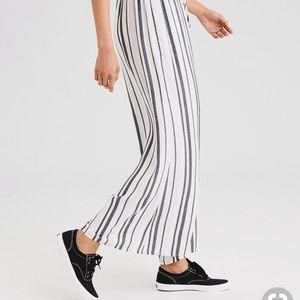 American Eagle Outfitters Pants - American eagle wide leg striped pants